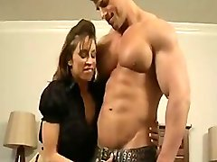FITNESS BABE DEVON MICHAELS FUCKS HER VERY MUSCULAR BOYFRIEND ZEB ATLAS