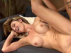 Great breast blonde mommy id like to bump Brenda James has shagging