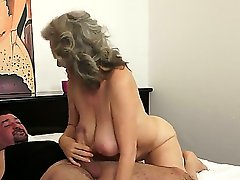 Awesome old granny Aliz is being nicely drilled in her asshole by the younger guy, that sure likes fucking this kind of babes. Enjoy the hot video of the amazing babe.