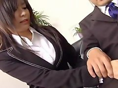 Sexy secretary Satomi Maeno touches an ugly dick!
