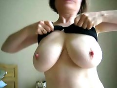 MarieRocks, 50+ MILF - Tribute from a 19 year old Fan
