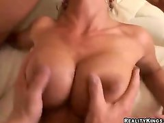 Hot blondes Lichelle Marie and friend receives rammed and cummed