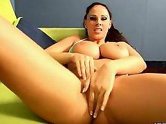 Gianna Michaels rubbing