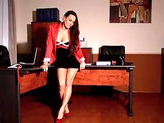 Beautiful secretary Mea Melone pissing