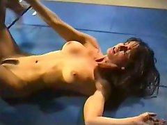 Werestling female catfight