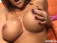 Eve Lawrence Ski Bitch 2