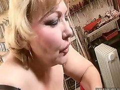 Huge granny with fat ass is fucked with sex machine