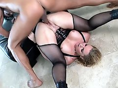 Hot Blonde Anal MILF Flower Tucci Rides a Big Cock and Gets Facialized