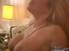 Kristal Summers pleased by black cock