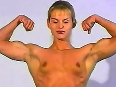 Topless wrestling - czech female bodybuilder vs fitness mode