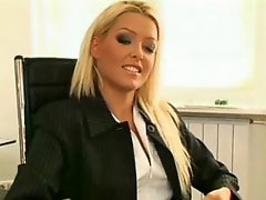 Fuck my sexi new secretary
