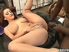 Lex Steele And Liza Del Sierra Fuck On Office Table