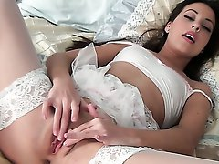 Gorgeous Lorena G is wearing white