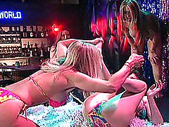 Sexiest Goddamn Stripper Catfight. Ever.