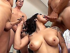 Sexy Paige Taylors Rough Oral Gangbang