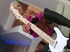 Hot Delta White fucked by 2 big cocks