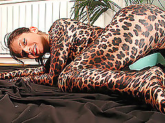 Susi is flexible tiger-woman