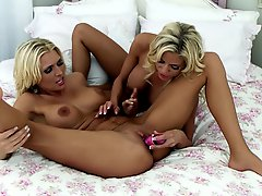 Curvy Alicia Secrets and Nicole Graves had a hot sex on the bed